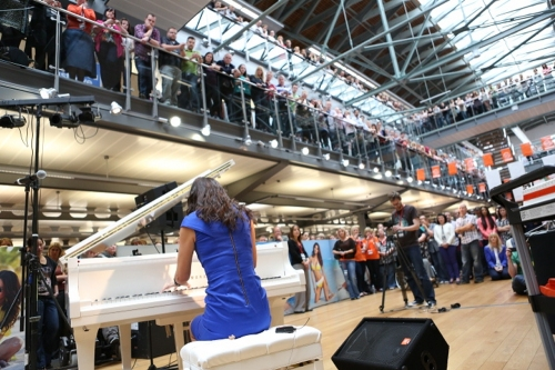 Myleene Class Hire A Piano Shopping Centre